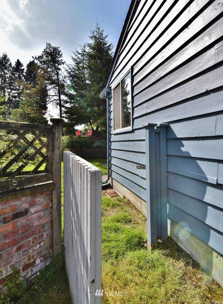 Sold Property | 13227 8th Place SW Burien, WA 98146 12