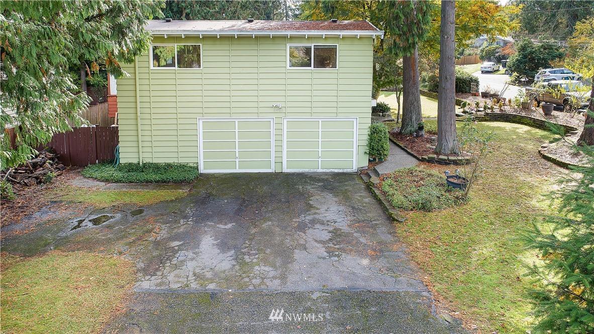 Sold Property | 8428 216th Street SW Edmonds, WA 98026 2