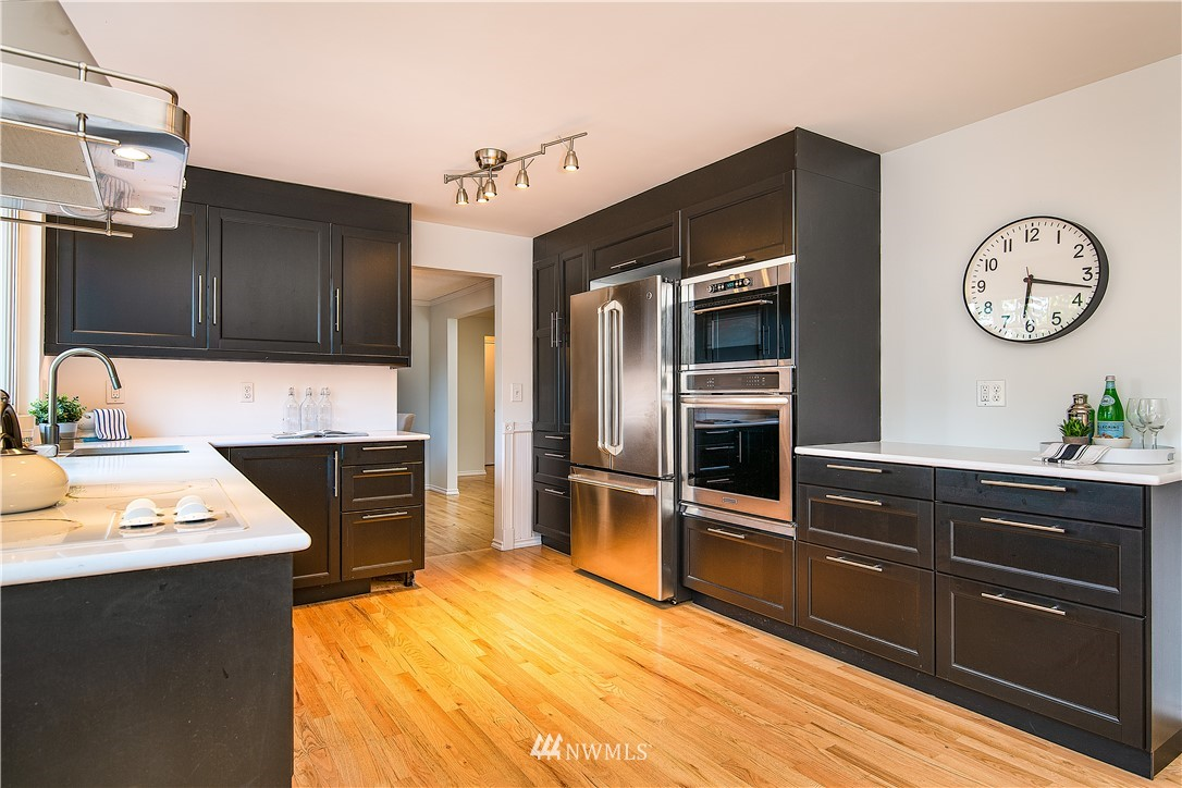 Sold Property | 8428 216th Street SW Edmonds, WA 98026 11