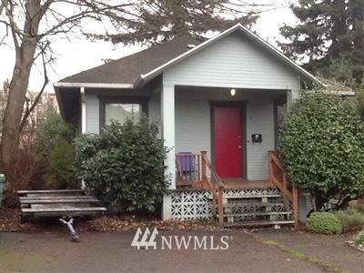 Sold Property | 4020 Midvale Avenue N Seattle, WA 98103 0
