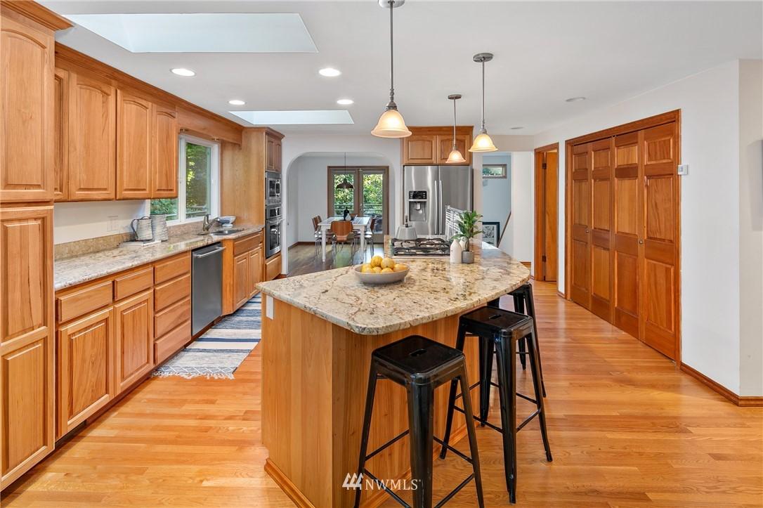 Sold Property | 6449 NE 135th Place Kirkland, WA 98034 5