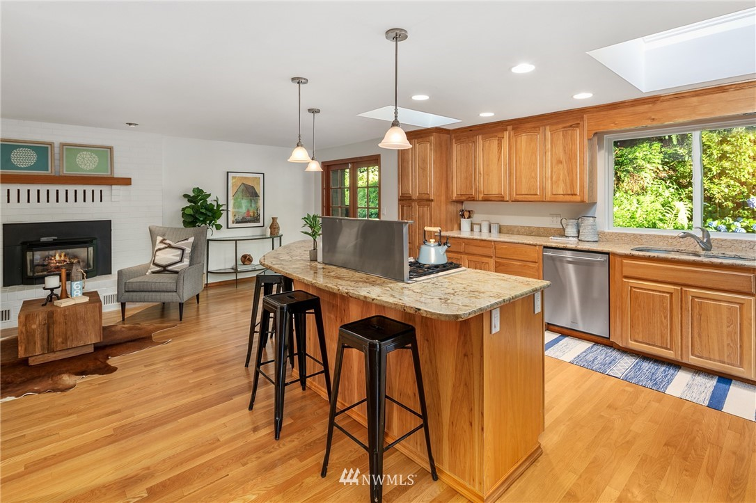 Sold Property | 6449 NE 135th Place Kirkland, WA 98034 6