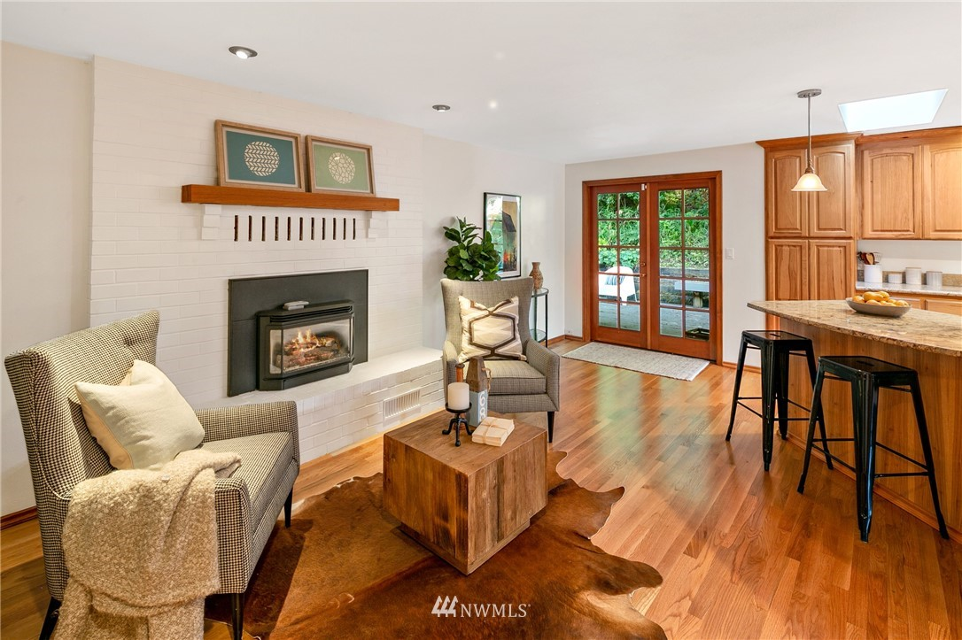 Sold Property | 6449 NE 135th Place Kirkland, WA 98034 9