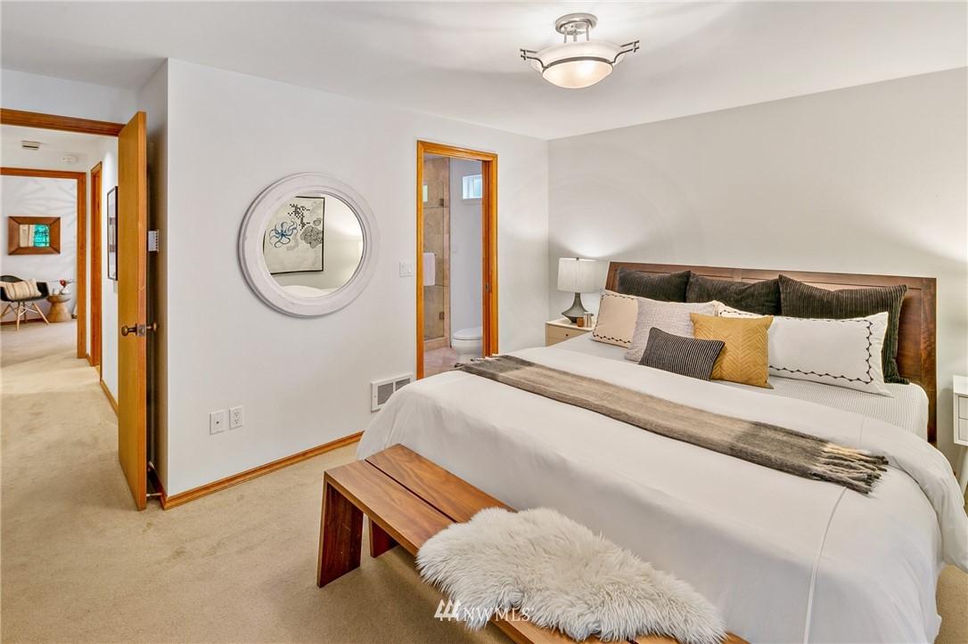 Sold Property | 6449 NE 135th Place Kirkland, WA 98034 13