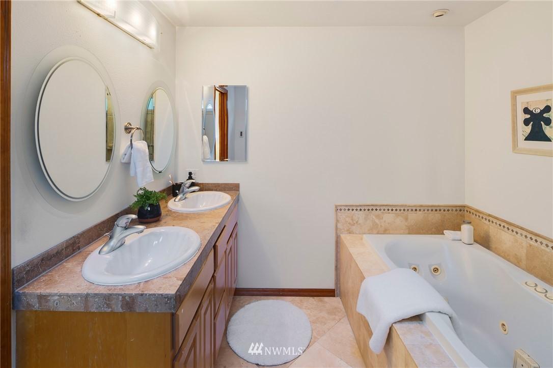 Sold Property | 6449 NE 135th Place Kirkland, WA 98034 15