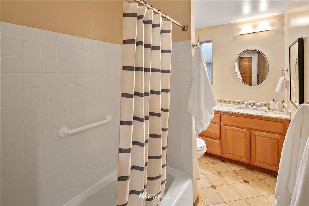 Sold Property | 6449 NE 135th Place Kirkland, WA 98034 18