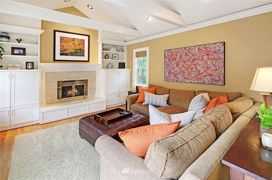 Sold Property   2128 E Hamlin Seattle, WA 98112 11