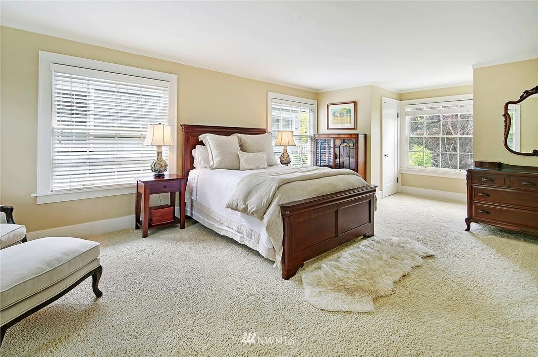 Sold Property   2128 E Hamlin Seattle, WA 98112 17