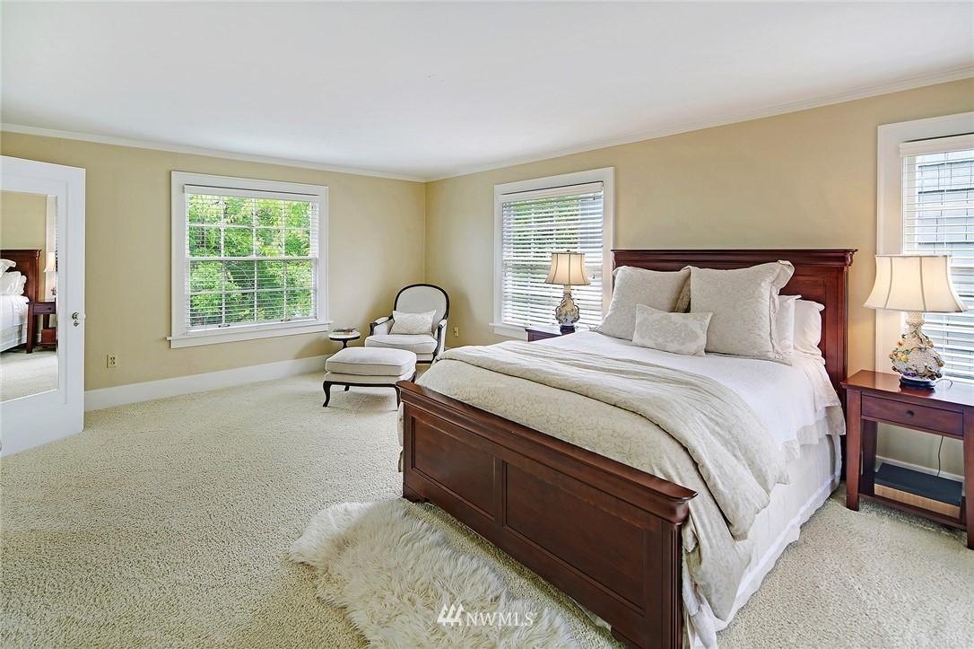Sold Property   2128 E Hamlin Seattle, WA 98112 18
