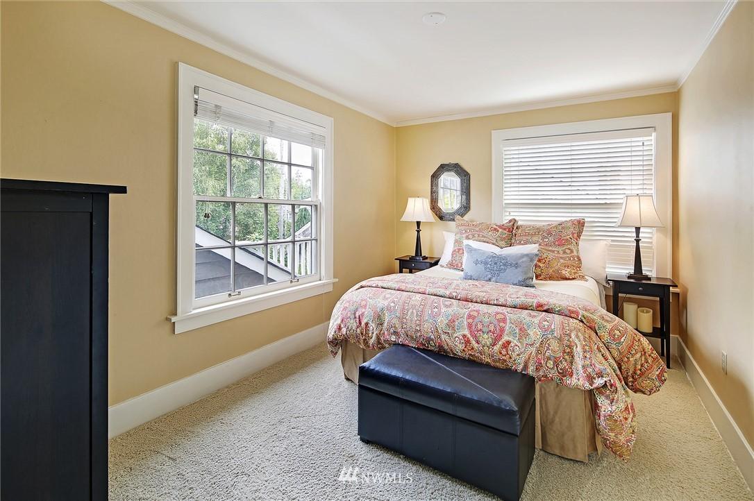 Sold Property   2128 E Hamlin Seattle, WA 98112 20