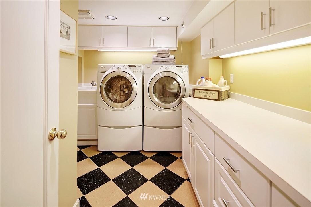 Sold Property   2128 E Hamlin Seattle, WA 98112 26