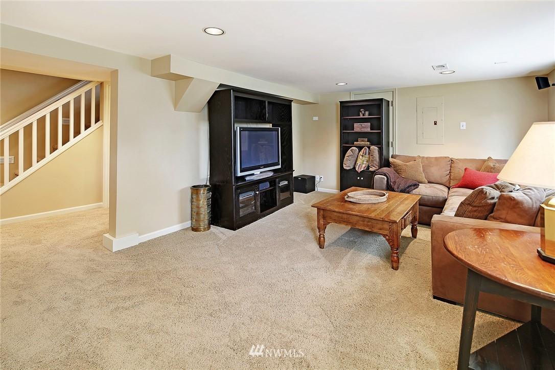 Sold Property   2128 E Hamlin Seattle, WA 98112 24