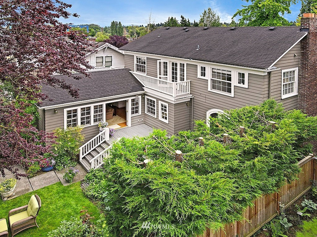 Sold Property   2128 E Hamlin Seattle, WA 98112 28