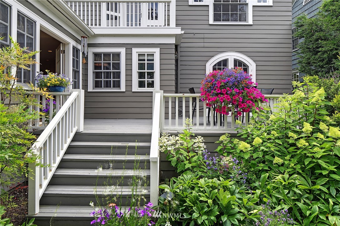 Sold Property   2128 E Hamlin Seattle, WA 98112 30