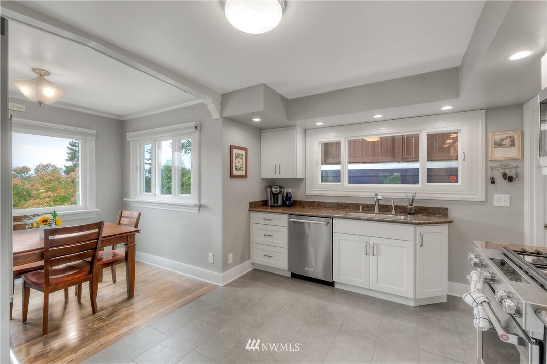 Sold Property | 1805 S 104th Street Seattle, WA 98168 4