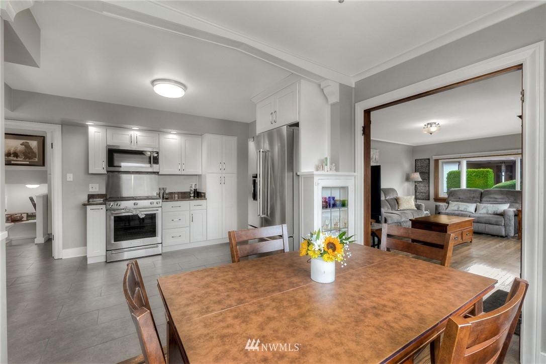 Sold Property | 1805 S 104th Street Seattle, WA 98168 6