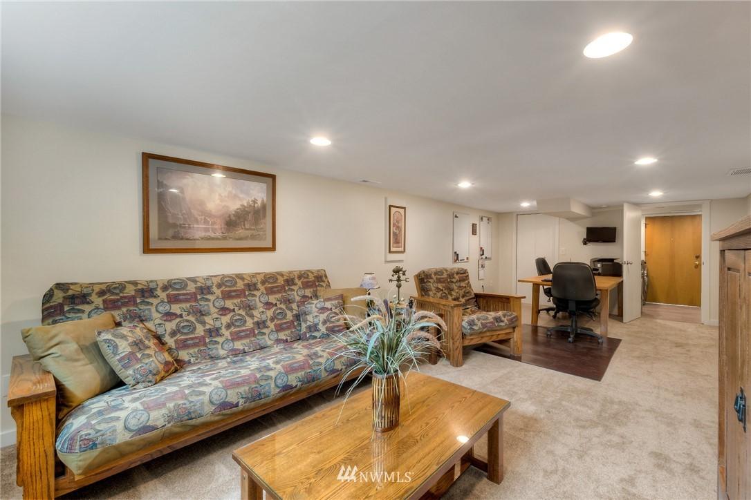 Sold Property | 1805 S 104th Street Seattle, WA 98168 14