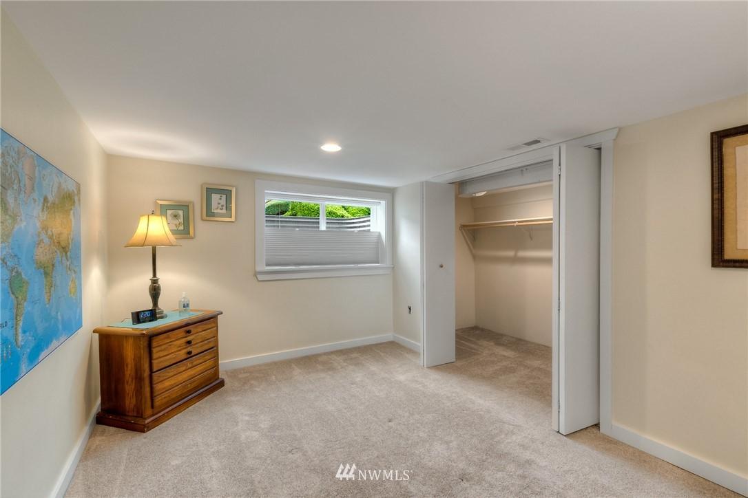 Sold Property | 1805 S 104th Street Seattle, WA 98168 13