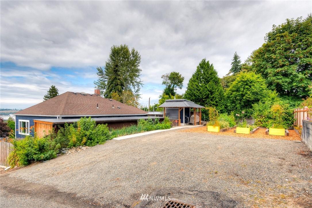 Sold Property | 1805 S 104th Street Seattle, WA 98168 20