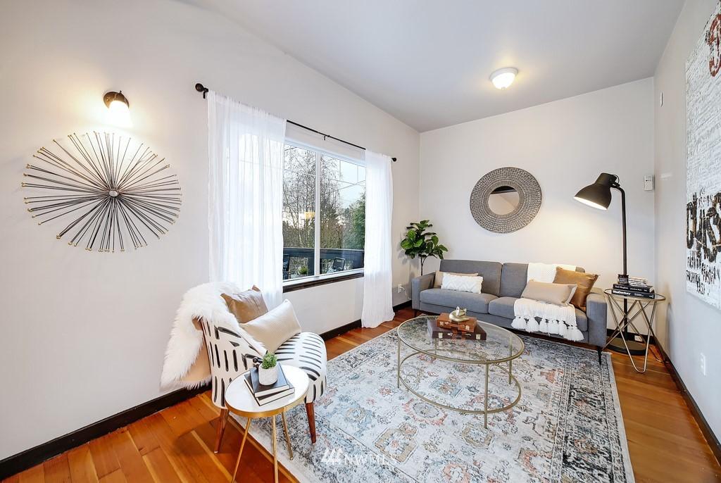 Sold Property | 7731 38th Avenue SW Seattle, WA 98126 3