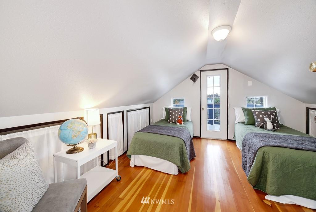 Sold Property | 7731 38th Avenue SW Seattle, WA 98126 10