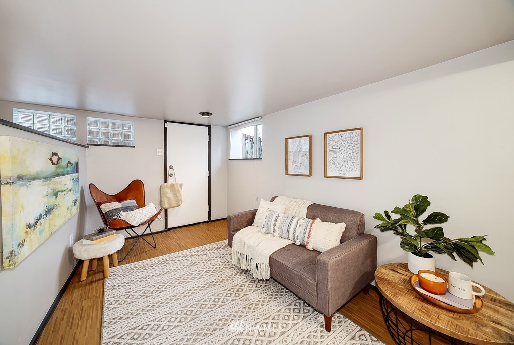 Sold Property | 7731 38th Avenue SW Seattle, WA 98126 13