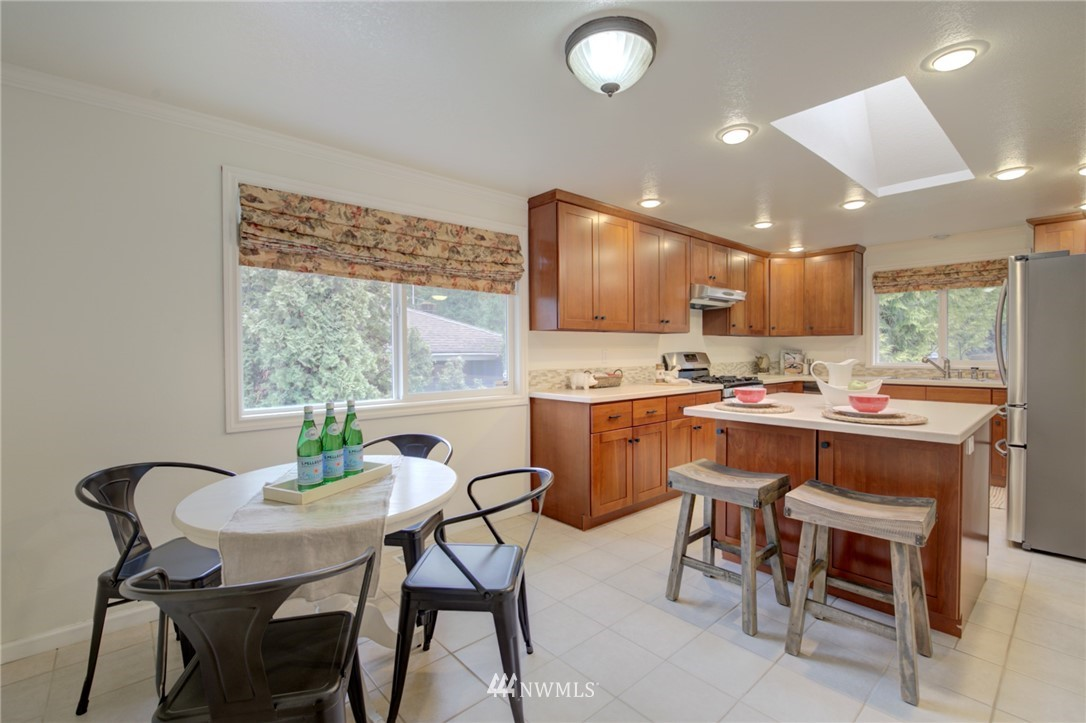 Sold Property | 25222 215th Place SE Maple Valley, WA 98038 8
