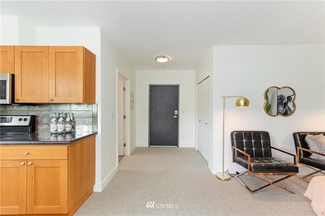 Sold Property | 1620 Belmont Avenue #631 Seattle, WA 98122 10
