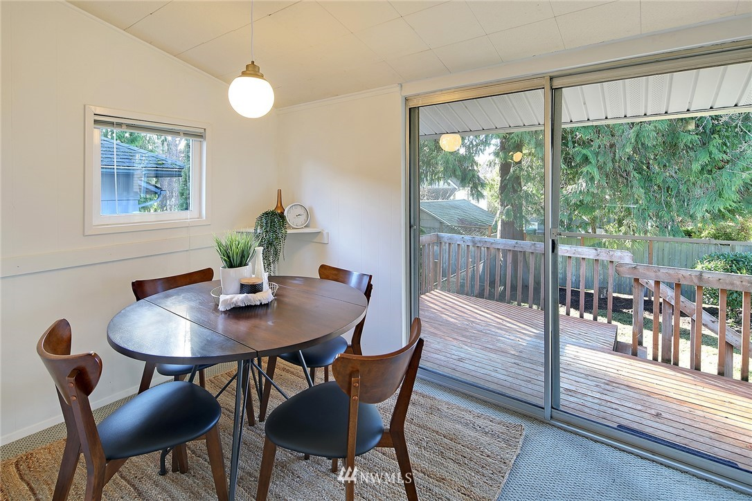 Sold Property   7351 20th Avenue NW Seattle, WA 98117 8