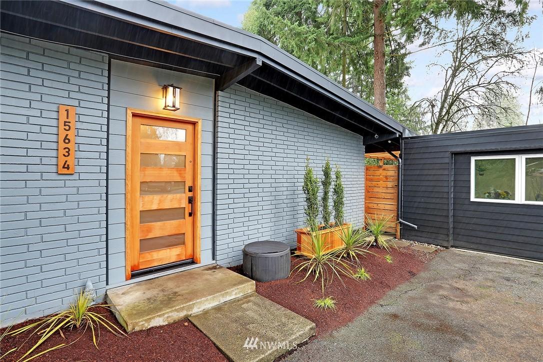 Sold Property | 15634 SE 8th Street Bellevue, WA 98008 2