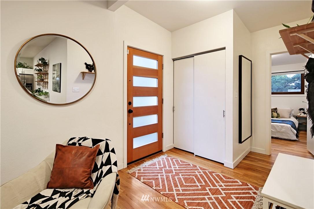 Sold Property | 15634 SE 8th Street Bellevue, WA 98008 10