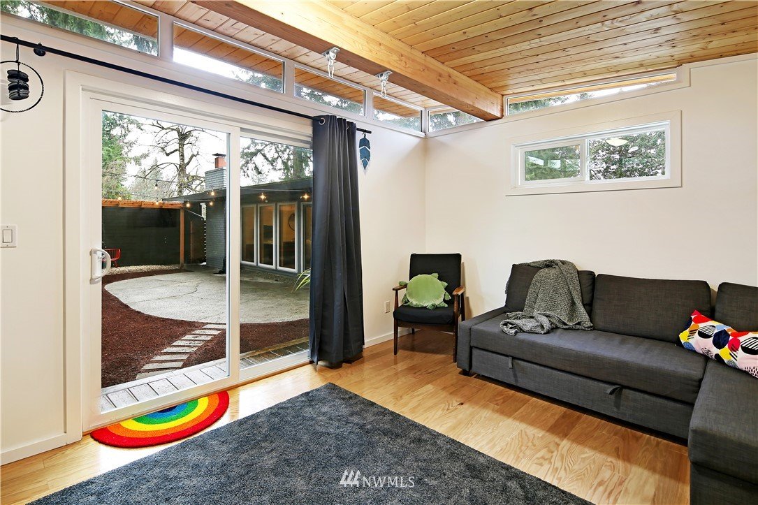 Sold Property | 15634 SE 8th Street Bellevue, WA 98008 21