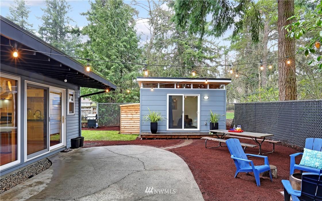 Sold Property | 15634 SE 8th Street Bellevue, WA 98008 19