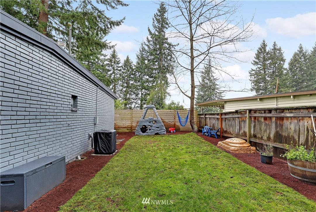 Sold Property | 15634 SE 8th Street Bellevue, WA 98008 18