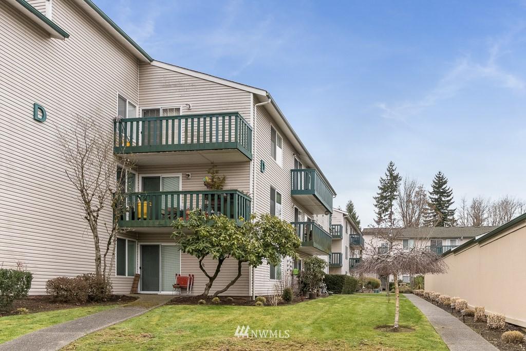 Sold Property   17431 Ambaum Boulevard S #D47 Burien, WA 98148 0