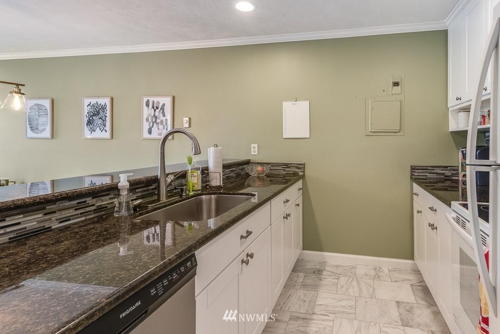 Sold Property   17431 Ambaum Boulevard S #D47 Burien, WA 98148 5