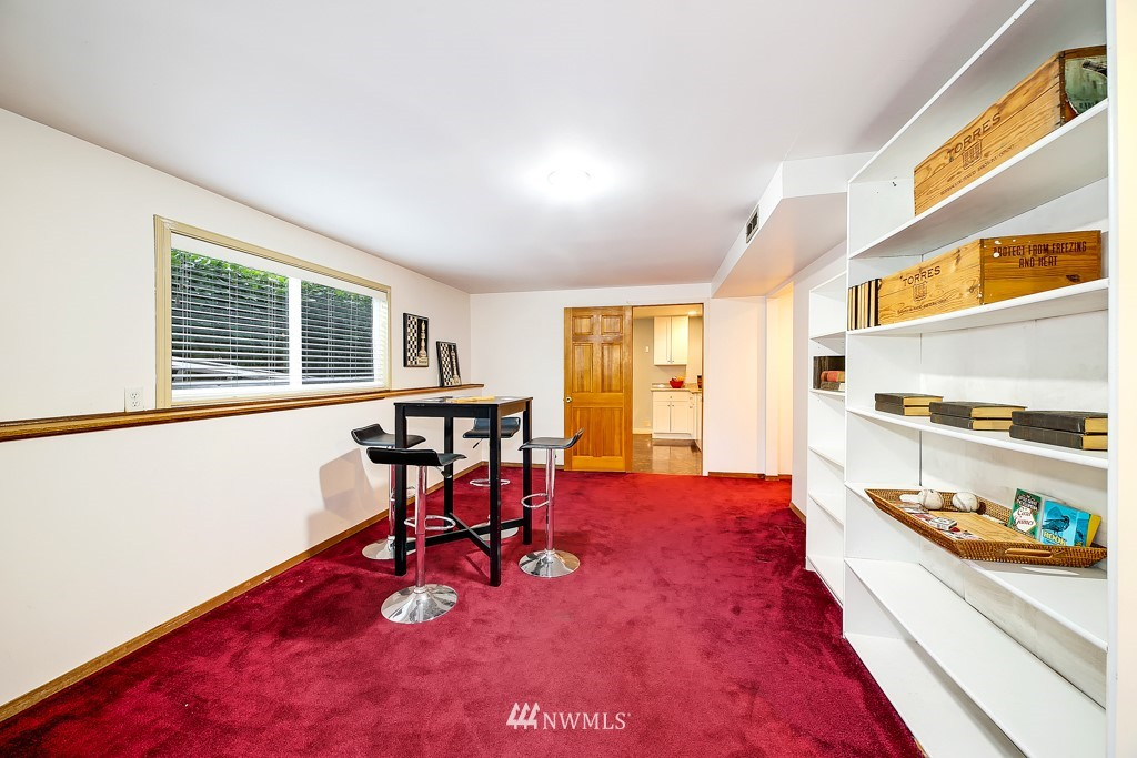 Sold Property | 116 NW 78th Street Seattle, WA 98117 17