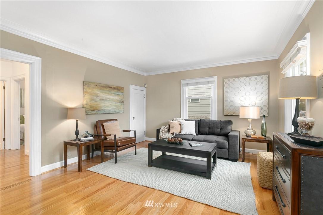 Sold Property   506 N 101st Street Seattle, WA 98133 4