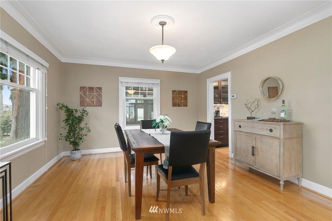 Sold Property   506 N 101st Street Seattle, WA 98133 9