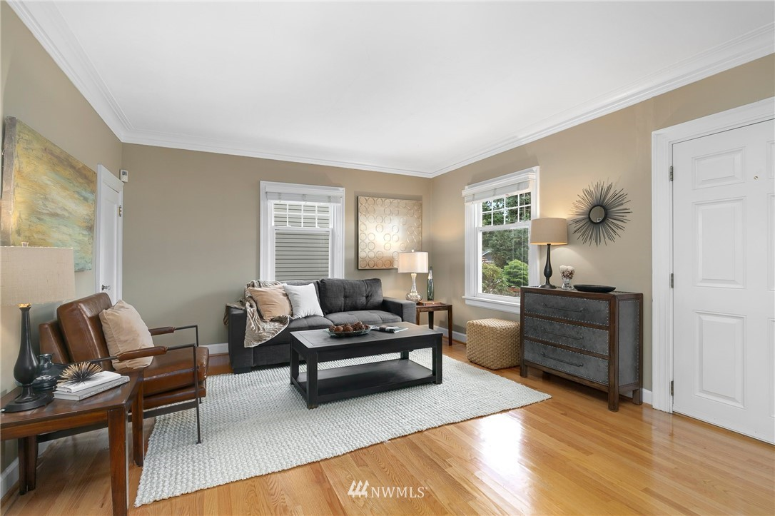 Sold Property   506 N 101st Street Seattle, WA 98133 3