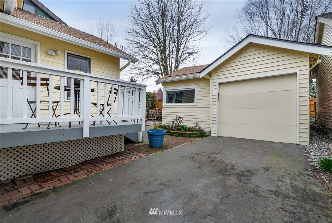 Sold Property   506 N 101st Street Seattle, WA 98133 27
