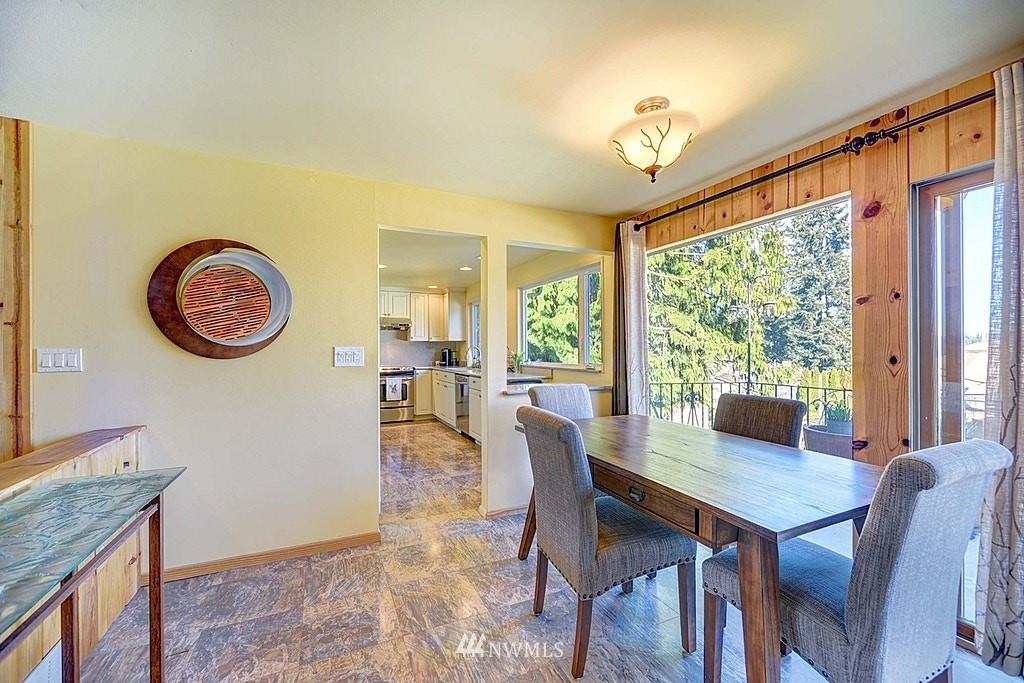 Sold Property | 15813 70th Avenue NE Kenmore, WA 98028 6
