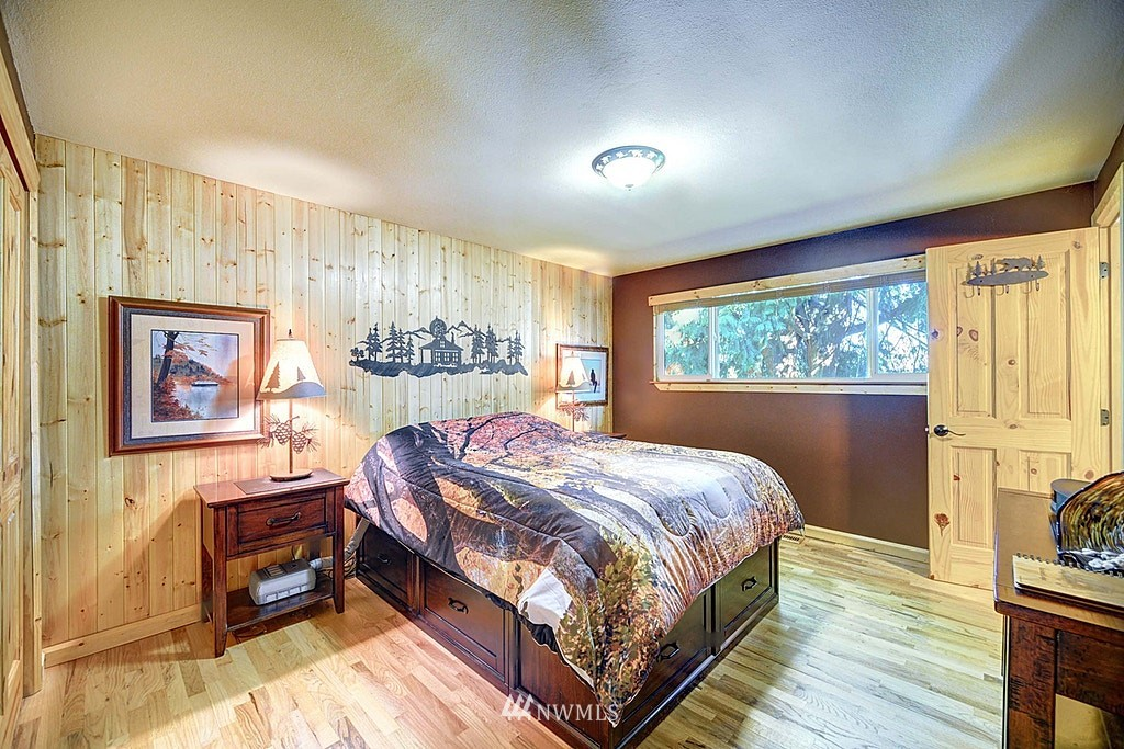 Sold Property | 15813 70th Avenue NE Kenmore, WA 98028 12