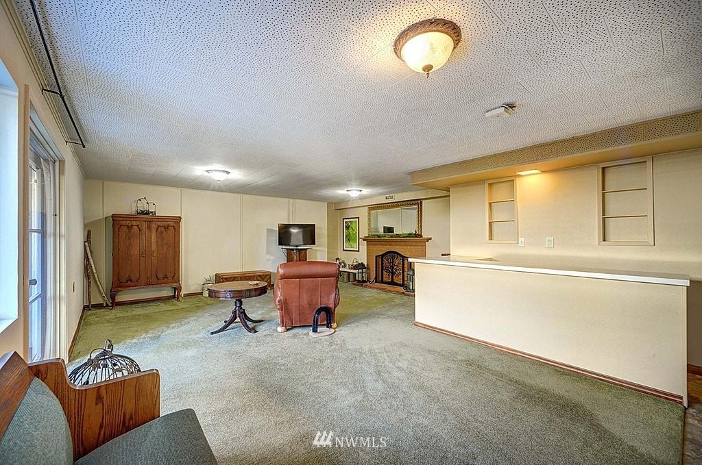 Sold Property | 15813 70th Avenue NE Kenmore, WA 98028 16