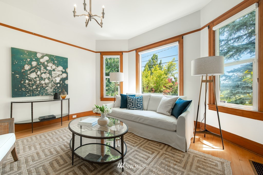 Sold Property | 227 22nd Avenue E Seattle, WA 98112 1