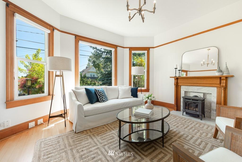 Sold Property | 227 22nd Avenue E Seattle, WA 98112 2
