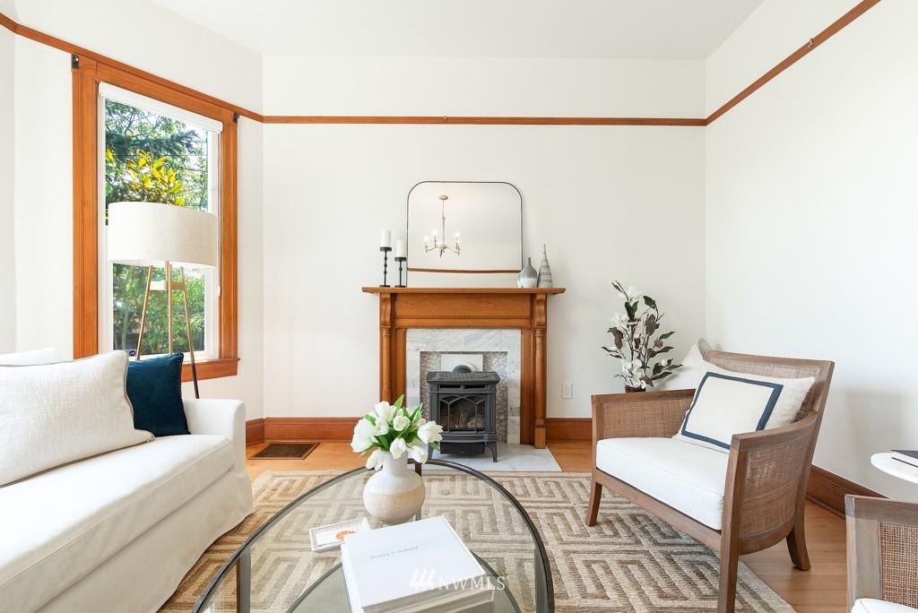 Sold Property | 227 22nd Avenue E Seattle, WA 98112 3