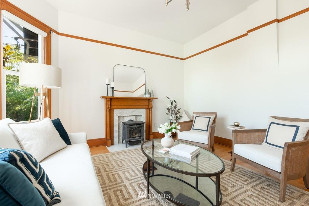 Sold Property | 227 22nd Avenue E Seattle, WA 98112 4