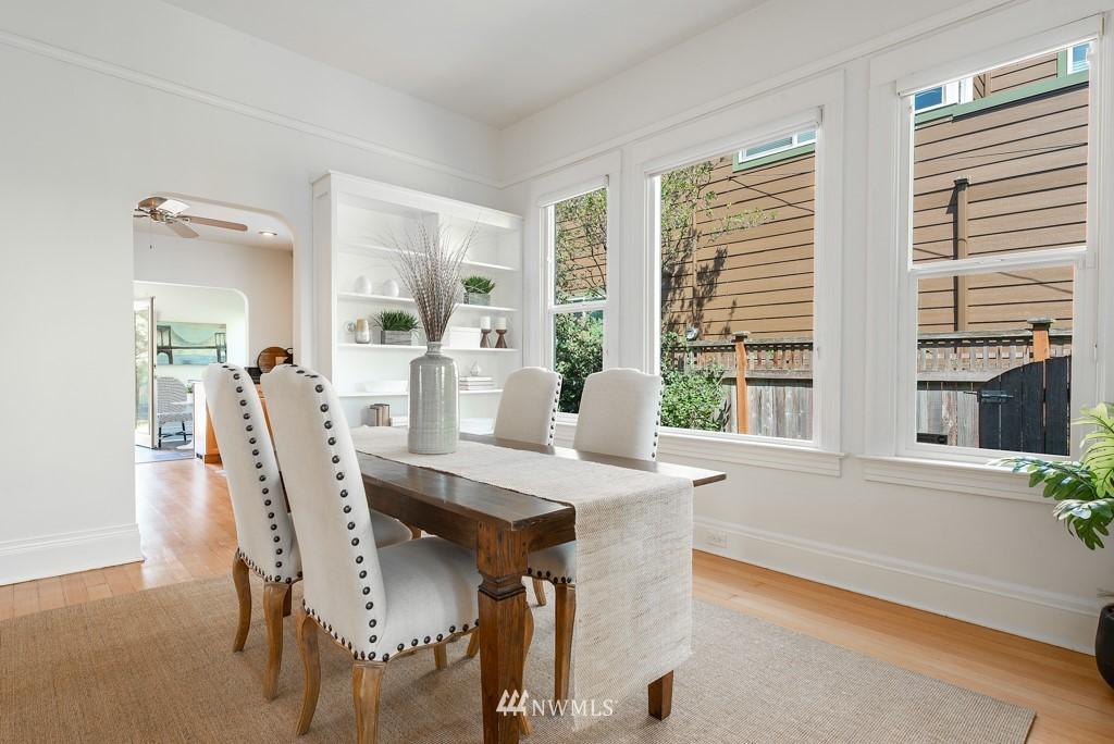 Sold Property | 227 22nd Avenue E Seattle, WA 98112 10
