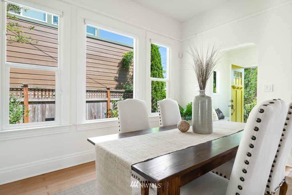 Sold Property | 227 22nd Avenue E Seattle, WA 98112 14